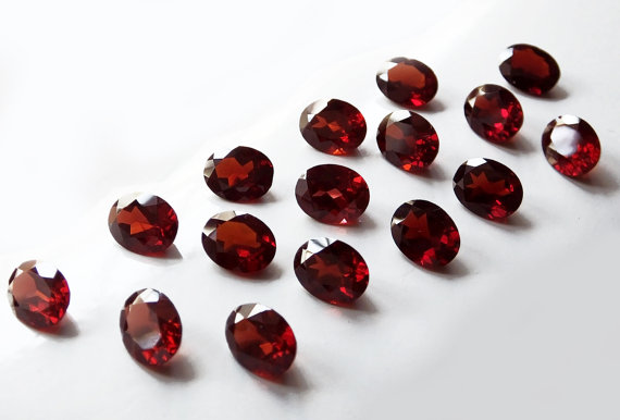 Natural Red Garnet 9x7mm 5 Pieces Lot Faceted Cut Oval Red Color Top Quality Loose Gemstone