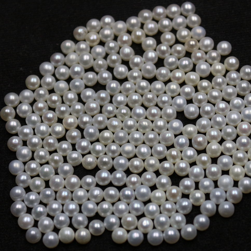 4mm Natural Fresh Water White Pearl - Half Cut cabochon Round 200 Pieces Top Quality White Pearl - Loose Gemstone Wholesale Lot For Sale