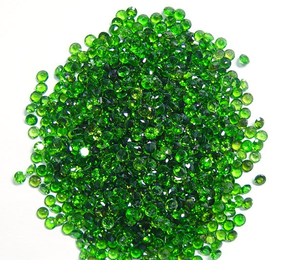 Natural Chrome Diopside- 2.25mm 25 Pieces Lot Faceted Round Calibrated Size Green Color - Loose Gemstone