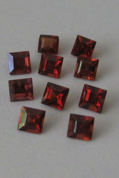 6mm Natural Red Garnet Faceted Cut Square 5 Pieces Lot Color ( AA) Red Garnet Top Quality Loose Gemstone