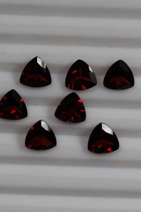 5mm Natural Red Garnet Faceted Cut Trillion 50 Pieces Lot Color ( AA) Red Garnet Top Quality Loose Gemstone