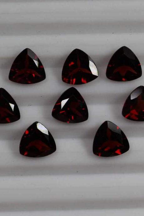 7mm Natural Red Garnet Faceted Cut Trillion 25 Pieces Lot Color ( AA) Red Garnet Top Quality Loose Gemstone