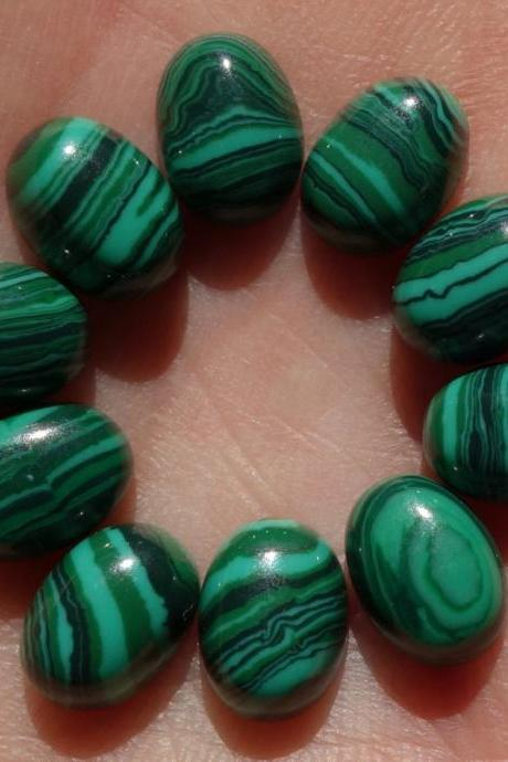 8x10mm Natural Malachite Cabochon Oval 5 Pieces Lot Calibrated Size Top Quality Green Color Loose Gemstone