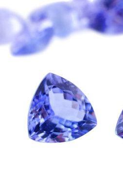 Natural Tanzanite 5.5mm 5 Pieces Lot Faceted Cut Trillion Top Quality AA Color - Loose Gemstone