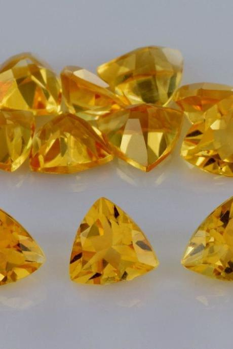 Natural Citrine - 6mm 5 Pieces Lot Calibrated Size Faceted Cut Trillion Yellow Color - Natural Loose Gemstone