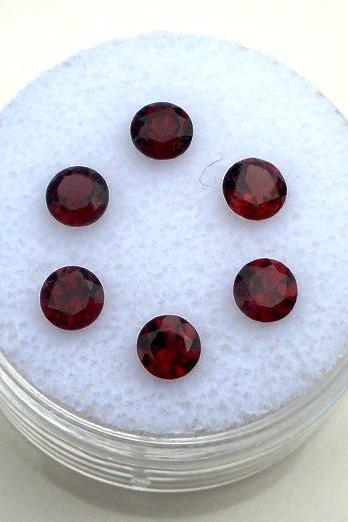 Natural Red Garnet 7mm 25 Pieces Lot Faceted Cut Round Red Color Top Quality Loose Gemstone