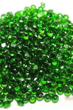 Natural Chrome Diopside 1.25mm 200 Pieces Lot Faceted Cut Round Green Color - Natural Loose Gemstone