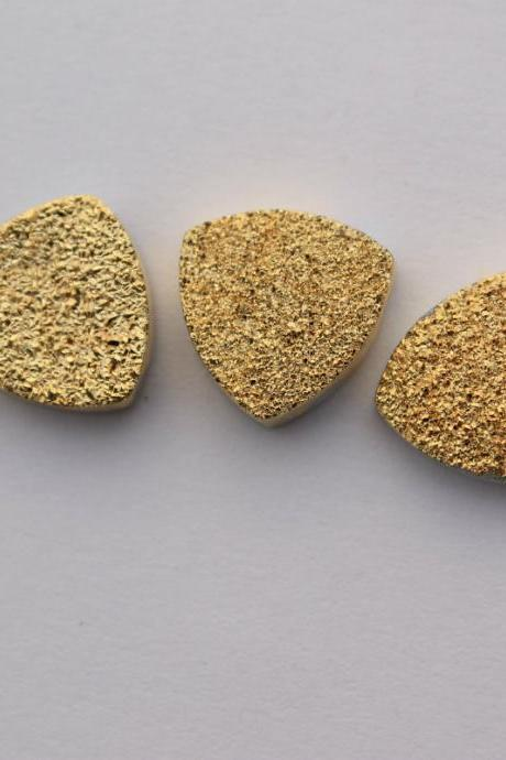 Natural 10mm 50 Pieces Gold Color Coating Flat Druzy Trillion Best Top Gold Color Gemstone Lot