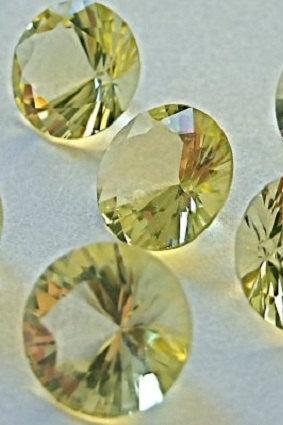 Natural Lemon Quartz 18mm Round Concavre Cut 5 Pieces Yellow Color - Natural Loose Gemstone