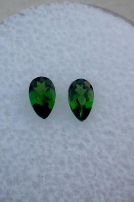 Natural Chrome Diopside- 7x5mm 2 Pieces Lot Faceted Pear Calibrated Size Green Color - Loose Gemstone