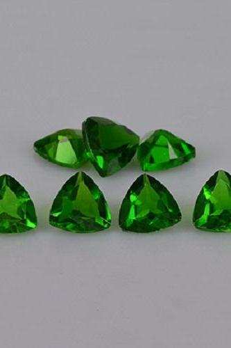 Natural Chrome Diopside- 6mm 25 Pieces Lot Faceted Trillion Calibrated Size Green Color - Loose Gemstone