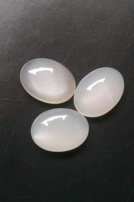 15x20mm Natural White Moonstone Cabochon Oval 2 Pieces Lot Top Quality White Color Loose Gemstone Wholesale Lot For Sale