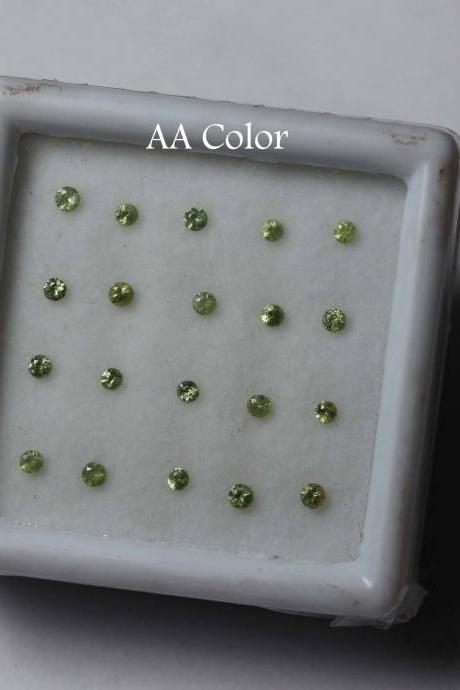 3mm Natural Russian Green Demantoid Garnet faceted Cut Round 25 Pieces Lot AA Color Unheated Rare Loose Gemstone