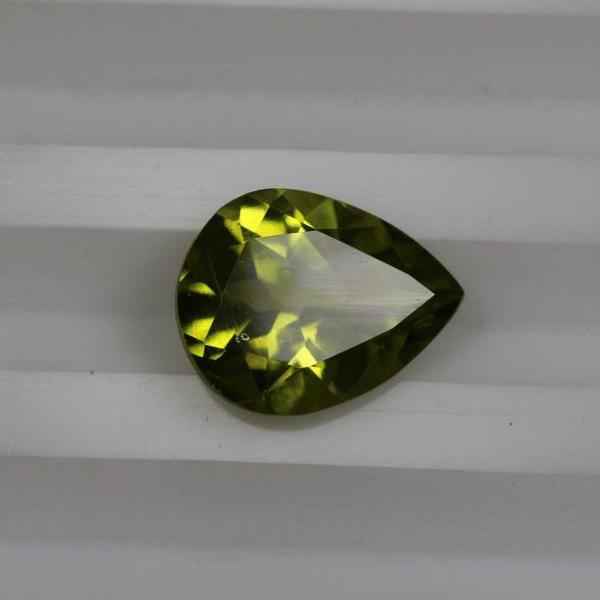 6x8mm Natural Peridot Faceted Cut Pear 1 Piece Calibrated Size VS Quality Green Color Loose Gemstone