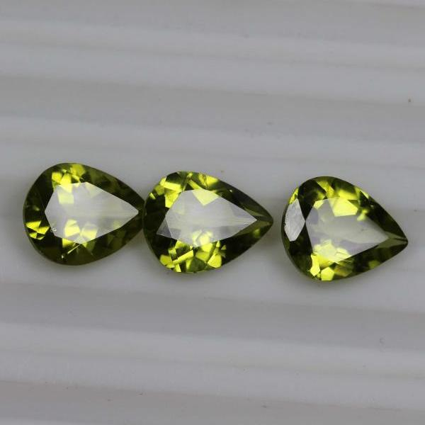 6x8mm Natural Peridot Faceted Cut Pear 10 Pieces Lot Calibrated Size VS Quality Green Color Loose Gemstone