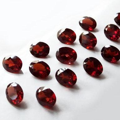 Natural Red Garnet 9x7mm 2 Pieces Faceted Cut Oval Red Color Top Quality Loose Gemstone